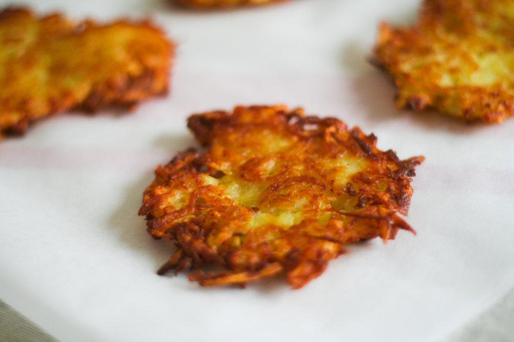 Crispy Potato Latkes noghlemey