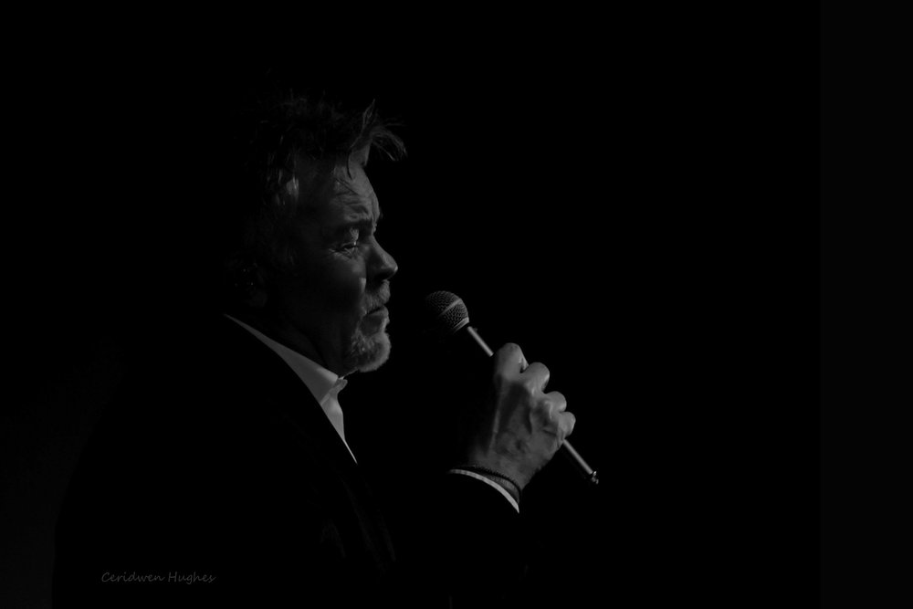 Paul Young a-6205 s b&w.jpg