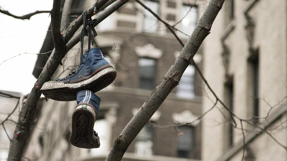 ShoeTossing