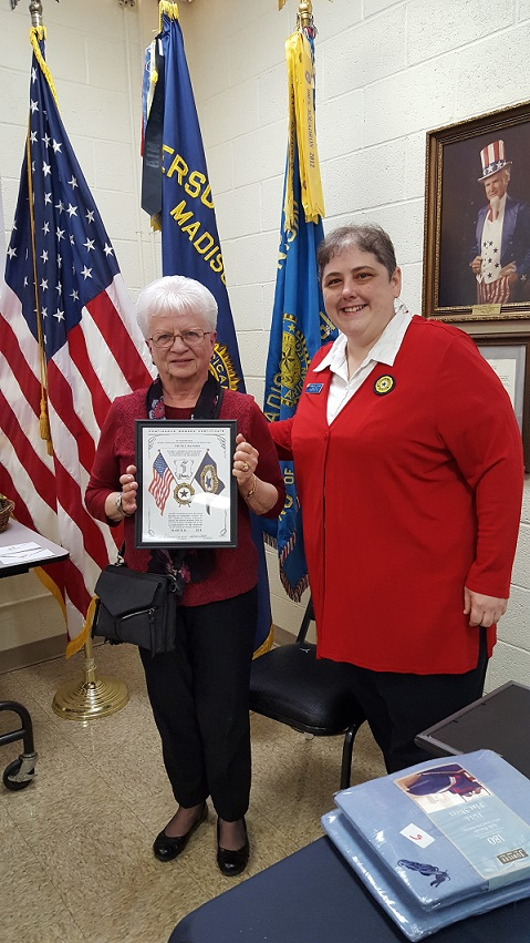 Auxiliary President Rebecca Lovell presents Nicole Hanson with her 10 year Auxiliary Membership Award, 3-24-2018.