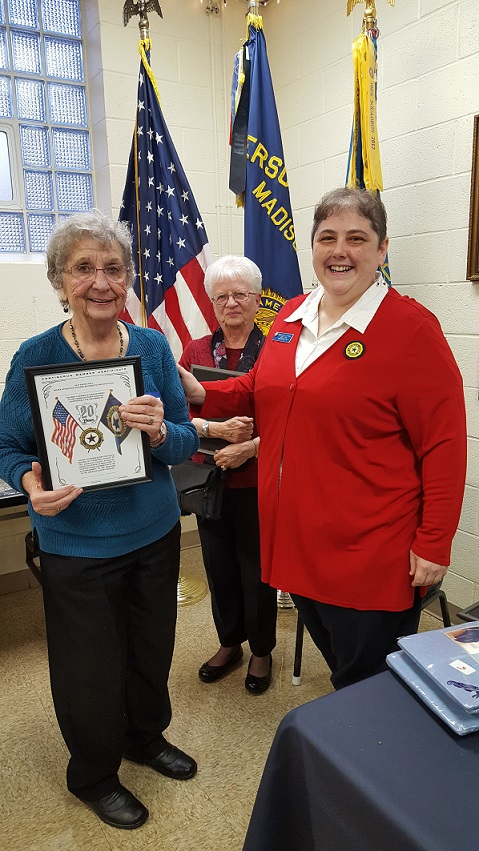 Auxiliary President Rebecca Lovell presenting Ellie Paulson with her 20 year Auxiliary Membership Award, 3-24-2018.