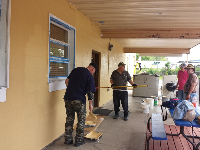 Mike & Tom painting, Carl & Bill supervising - 6-11-2018.