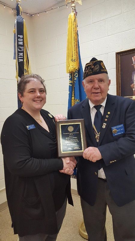 Cdr. Thomas Stolarczyk presented an outstanding award to Unit 501's President, Rebecca Lovell, for her support and dedication to Post 501.