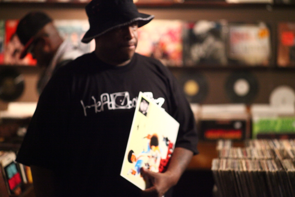 Phryme spent some time digging' through the Artform crates after the video shoot!