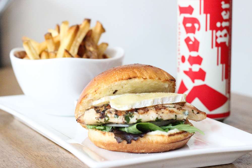 Chicken Burger-6659.jpg