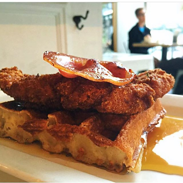 Oh sweet Sundays!  Our chicken and waffles topped with pancetta speaks uber comfort!  Come get some!😀 •  #stackhouseburgerbar #burgerbar #burgerhouse #burger #gourmet  #vancitylife #vancityfood #gourmetburger #vancouver #yvr #vancouvereats #vancouverfoodie #yvrfoodie #gastropostvan #vancityeats #604eats #nomnom #foodcouver #downtownvancouver #instafoodie #vancitybuzz #vancityhype