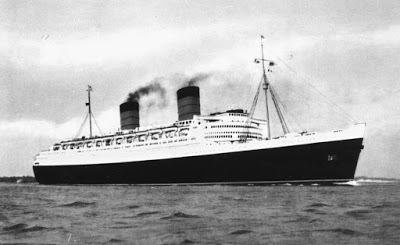 012%2B-%2BStateLibQld_1_143895_Queen_Elizabeth_%2528ship%2529.jpg