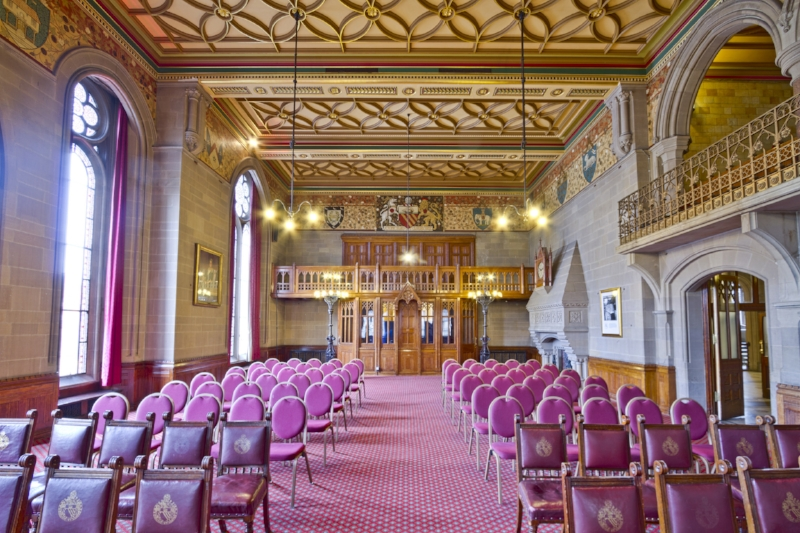 One of the breathtakingly beautiful conference halls at Manchester Town Hall. Image Credit:  Michael D. Beckwith  via  Flickr ;  Public Domain