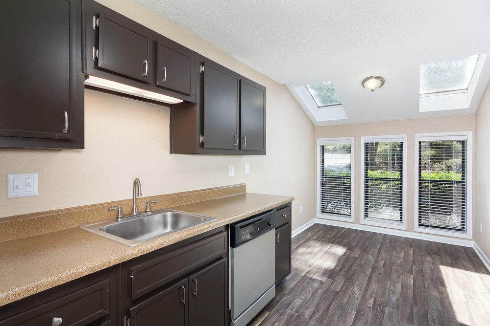 7700 Colquitt Rd Atlanta GA 30350-TwoStory-Kitchen1 copy.jpg