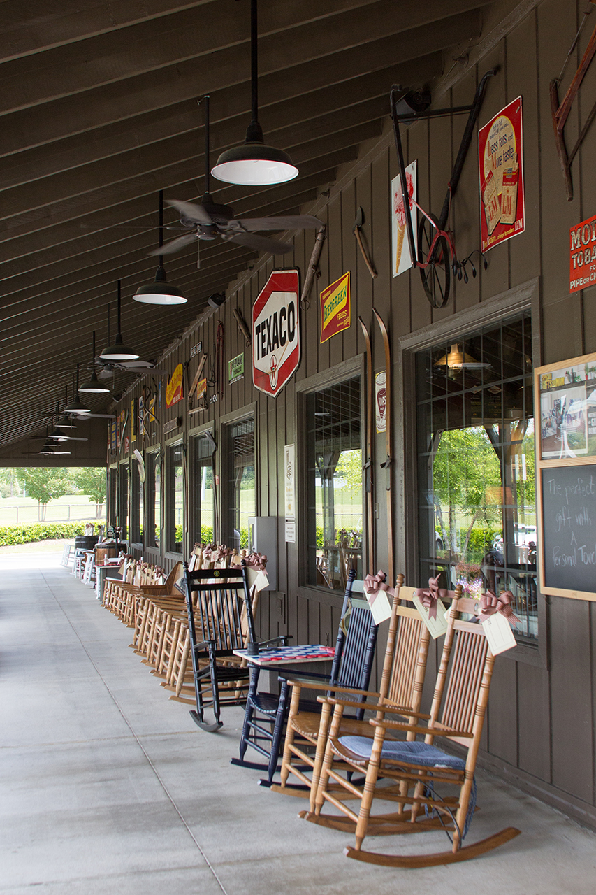 009_CrackerBarrel_IMG_1654.jpg