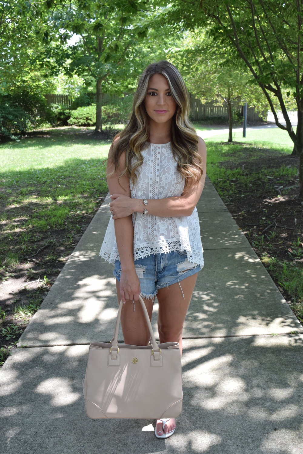 lace tank & cutoffs // pinebarrenbeauty.com