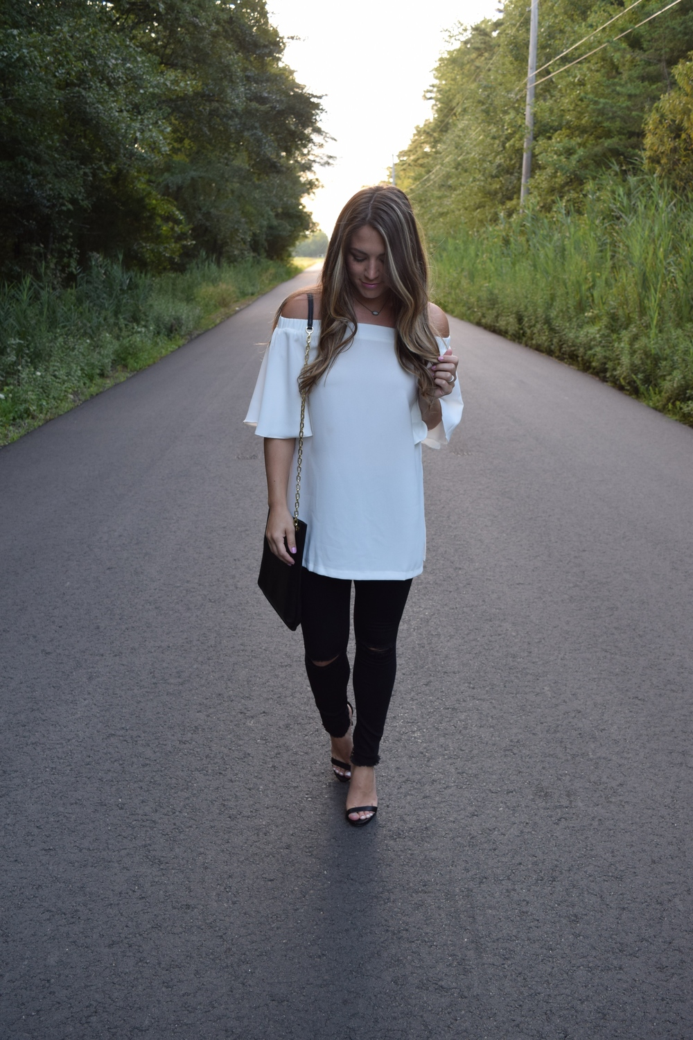 white OTS tunic // pinebarrenbeauty.com