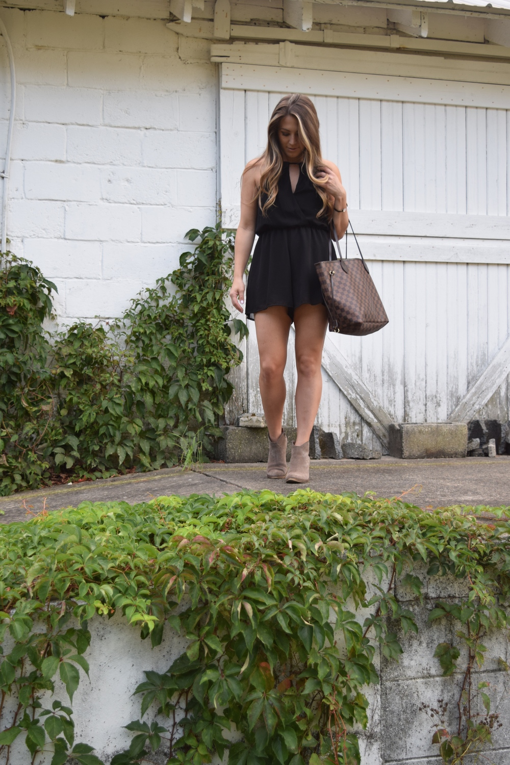 black romper // pinebarrenbeauty.com