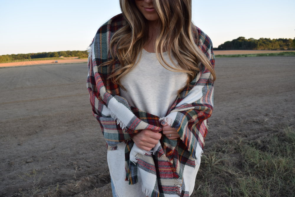 blanket scarf // pinebarrenbeauty.com