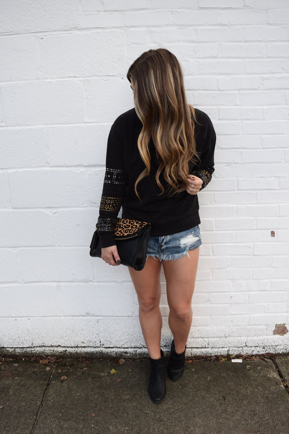 edgy fall transition outfit // pinebarrenbeauty.com
