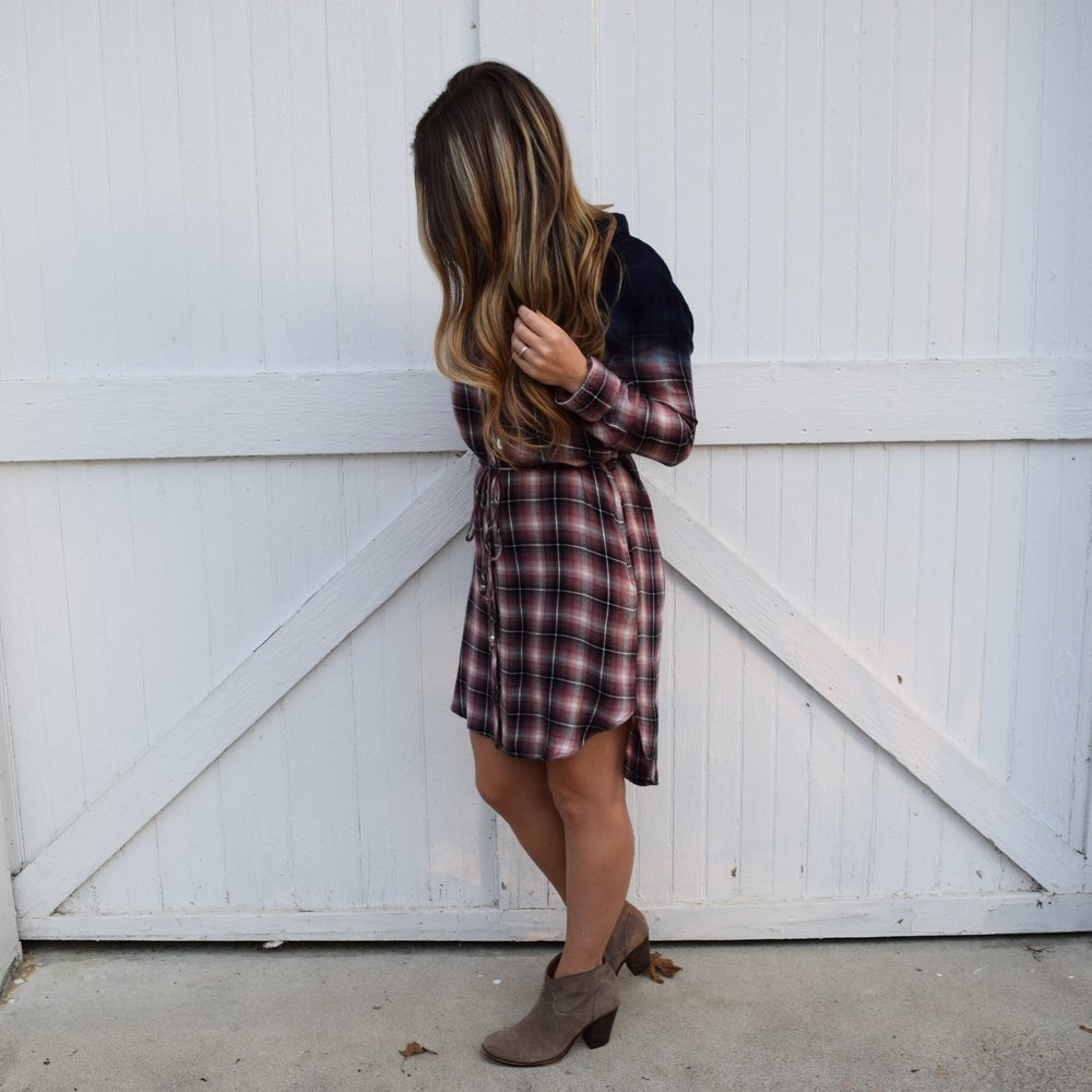 flannel shirt dress // pinebarrenbeauty.com