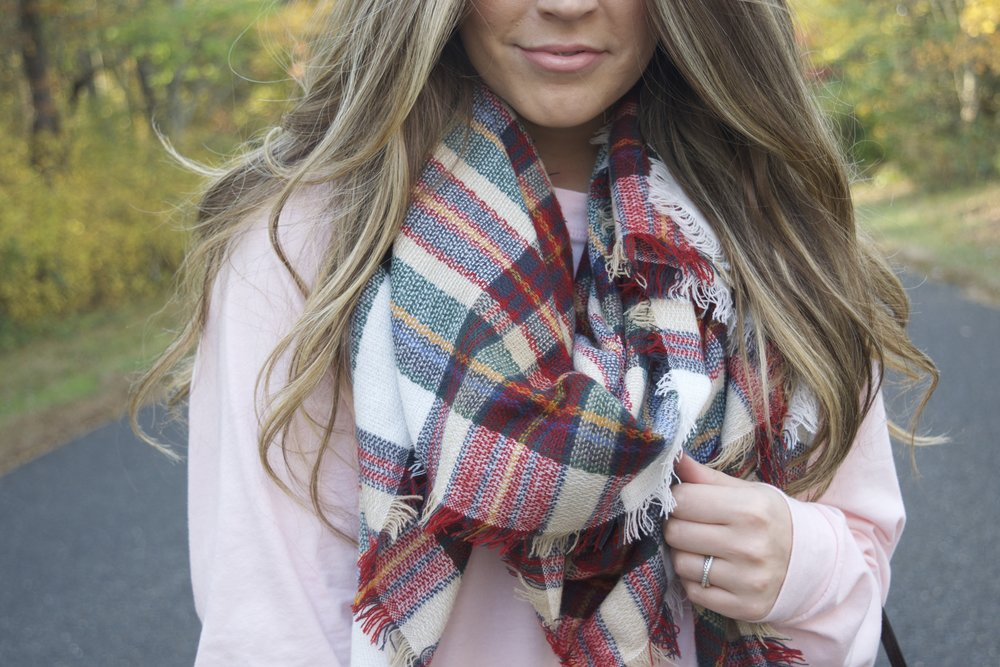 blanket scarf // pinebarrenbeauty.com