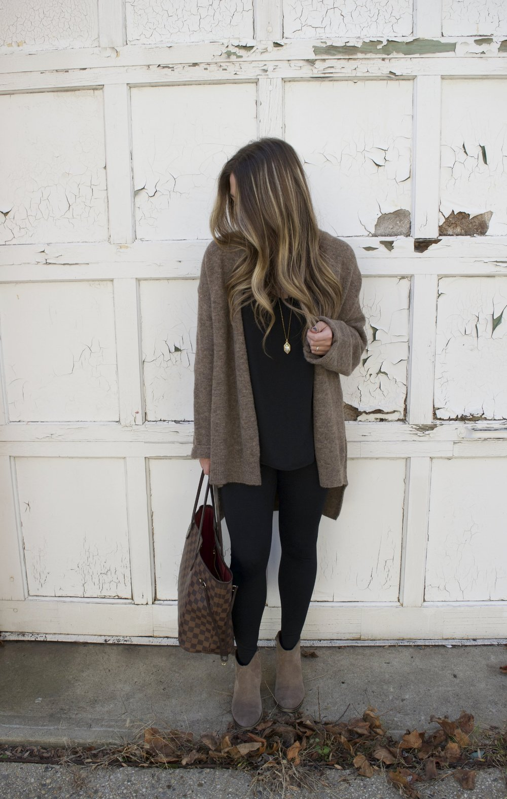 must have fall cardigan // pinebarrenbeauty.com