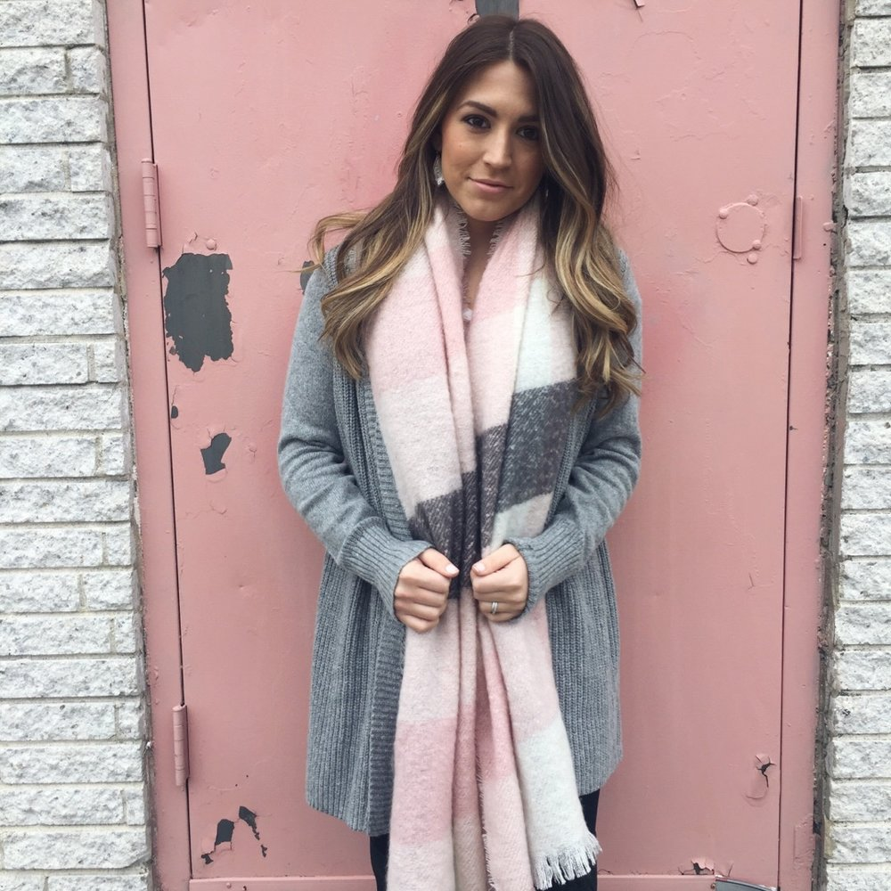 blush scarf // pinebarrenbeauty.com