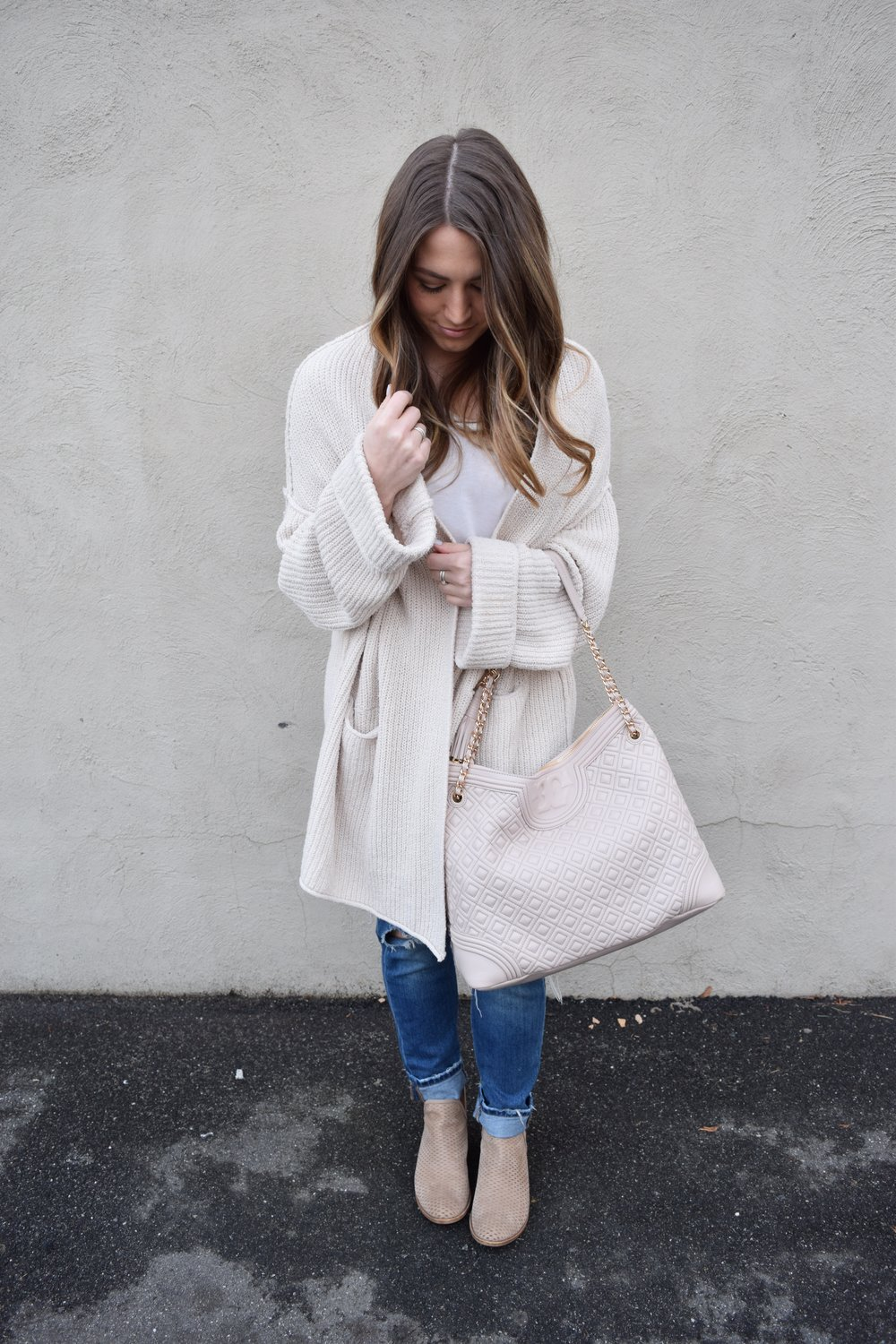 winter fashion, oversized cardigan