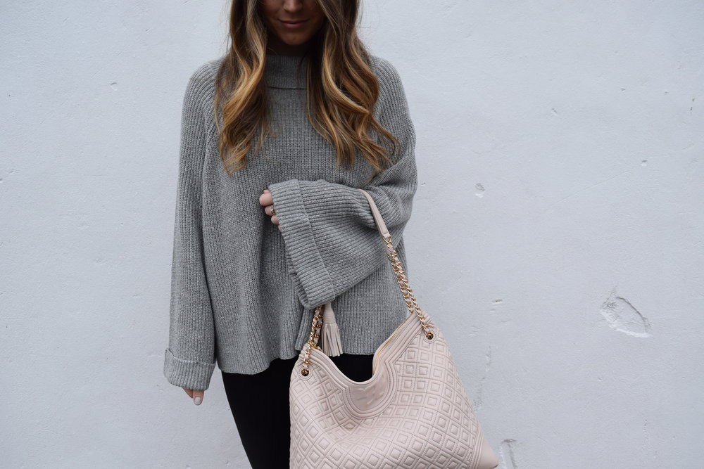 winter fashion, grey sweater