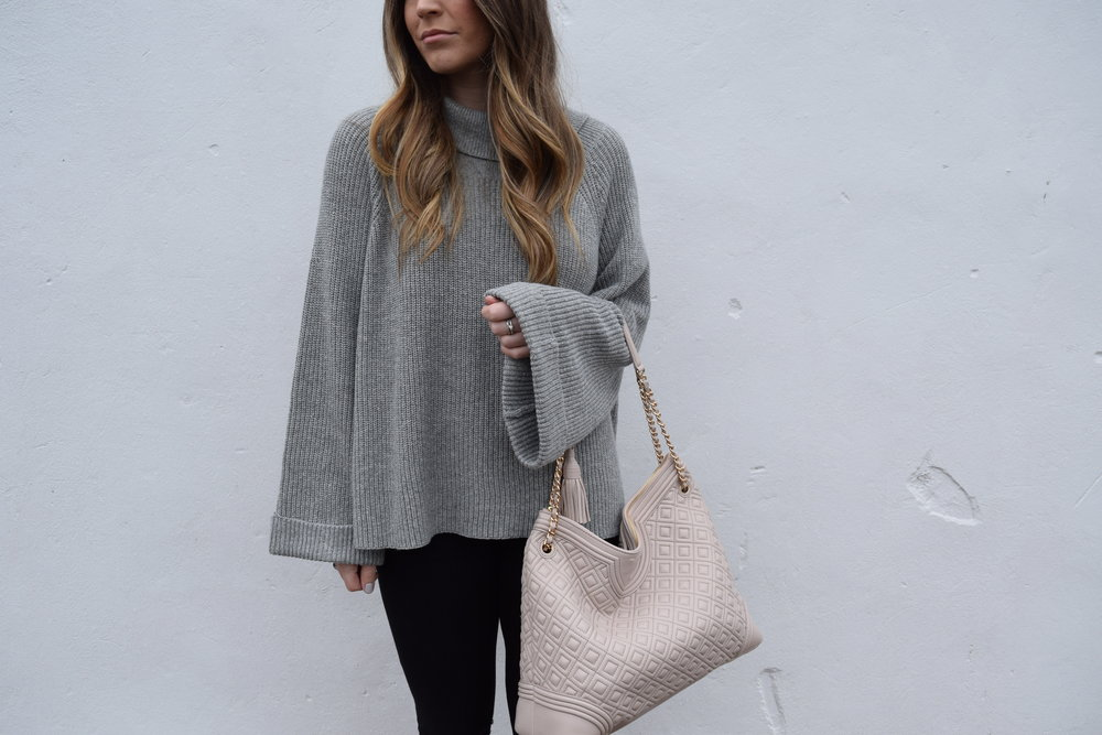 winter fashion, outfit idea, grey sweater