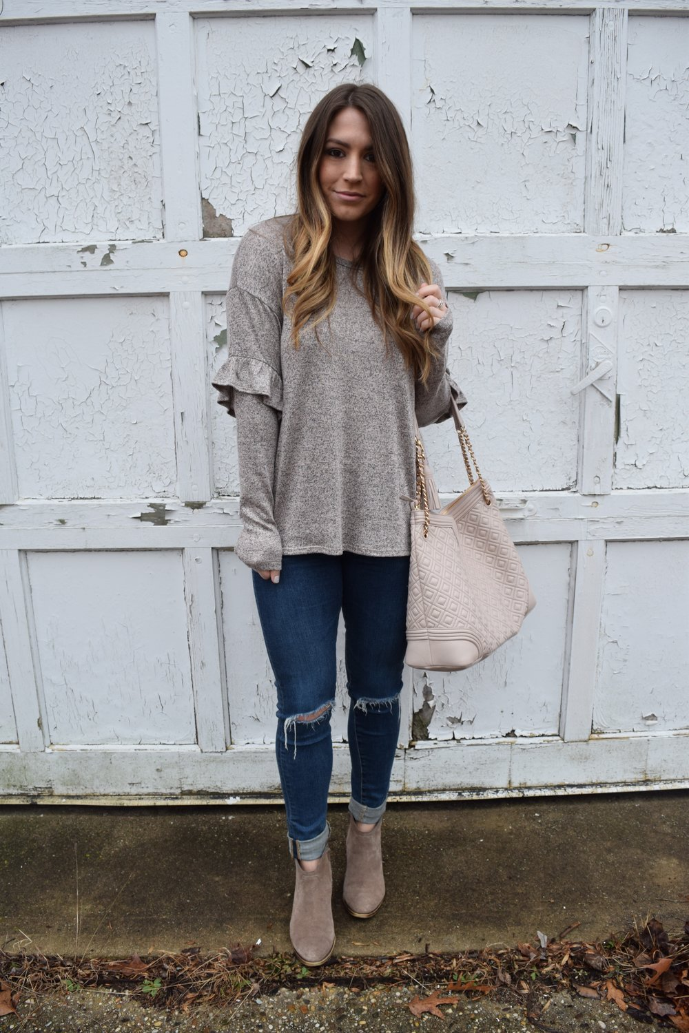 ruffle sleeves + distressed denim