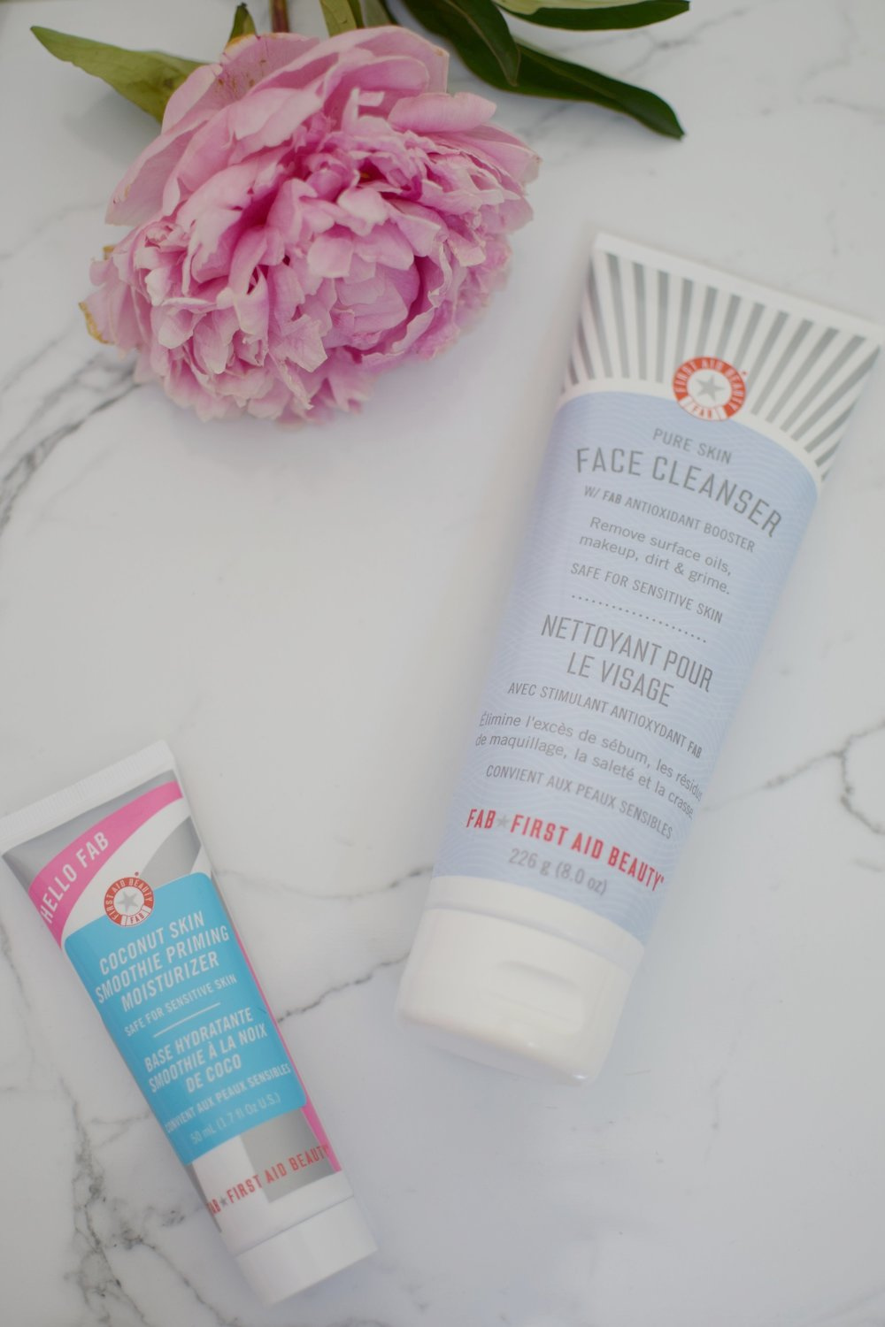 first aid beauty face cleanser & coconut skin smoothie priming moisturizer review