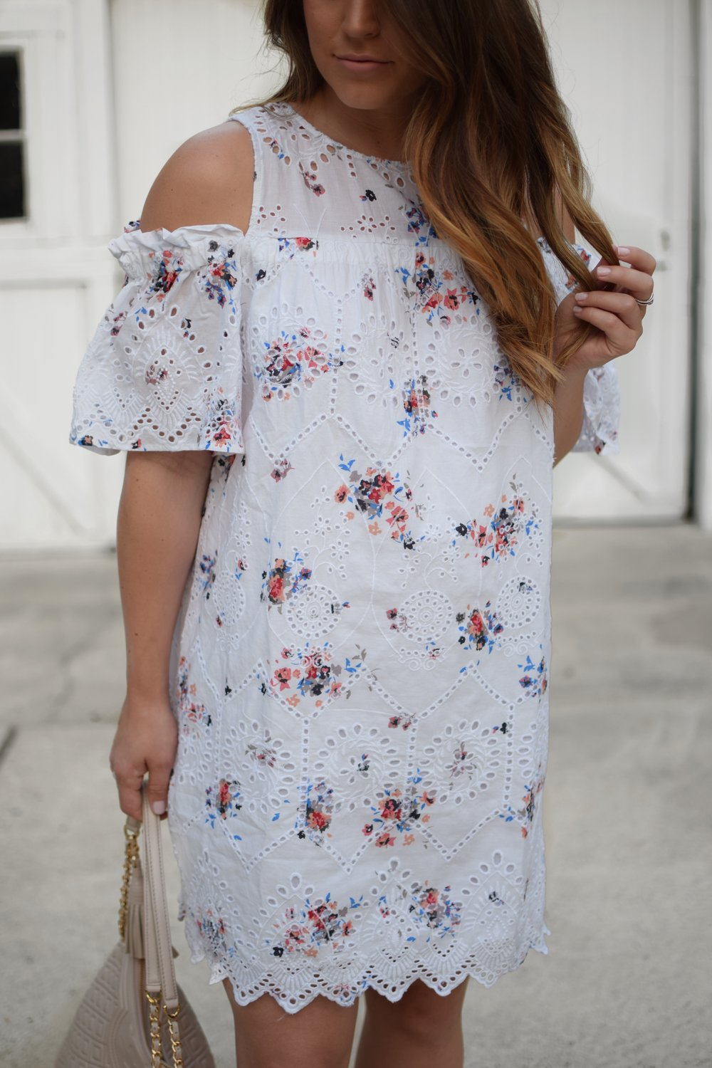 loft eyelet & floral print dress / summer dress / summer outfit idea