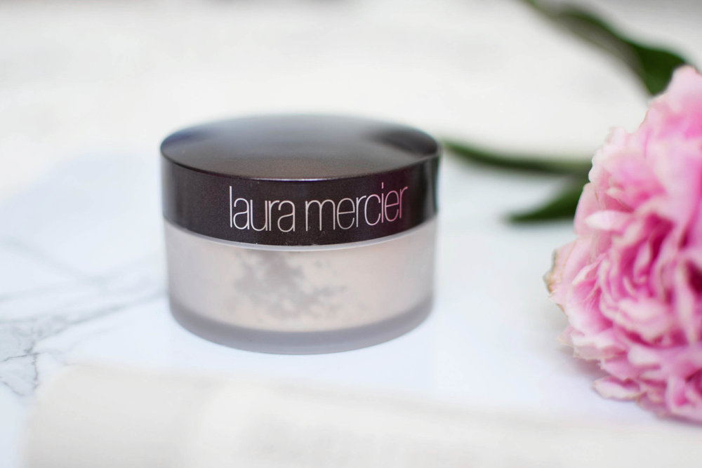 laura mercier loose setting powder review / beauty talk / beauty review