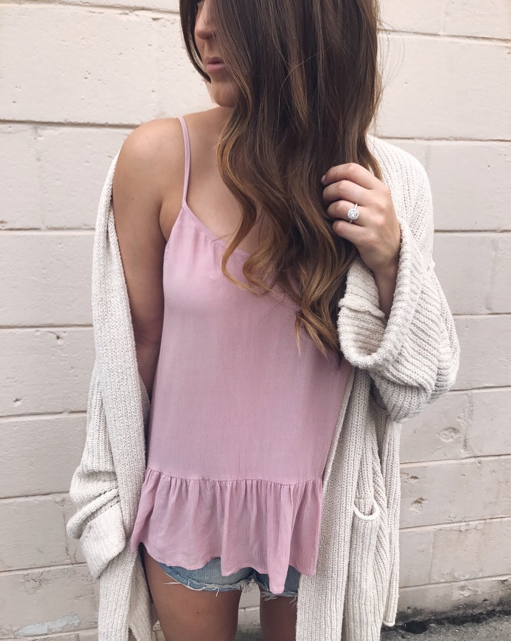 free people cardigan / peplum tank top / one teaspoon shorts / fall transition outfit idea / outfit inspiration