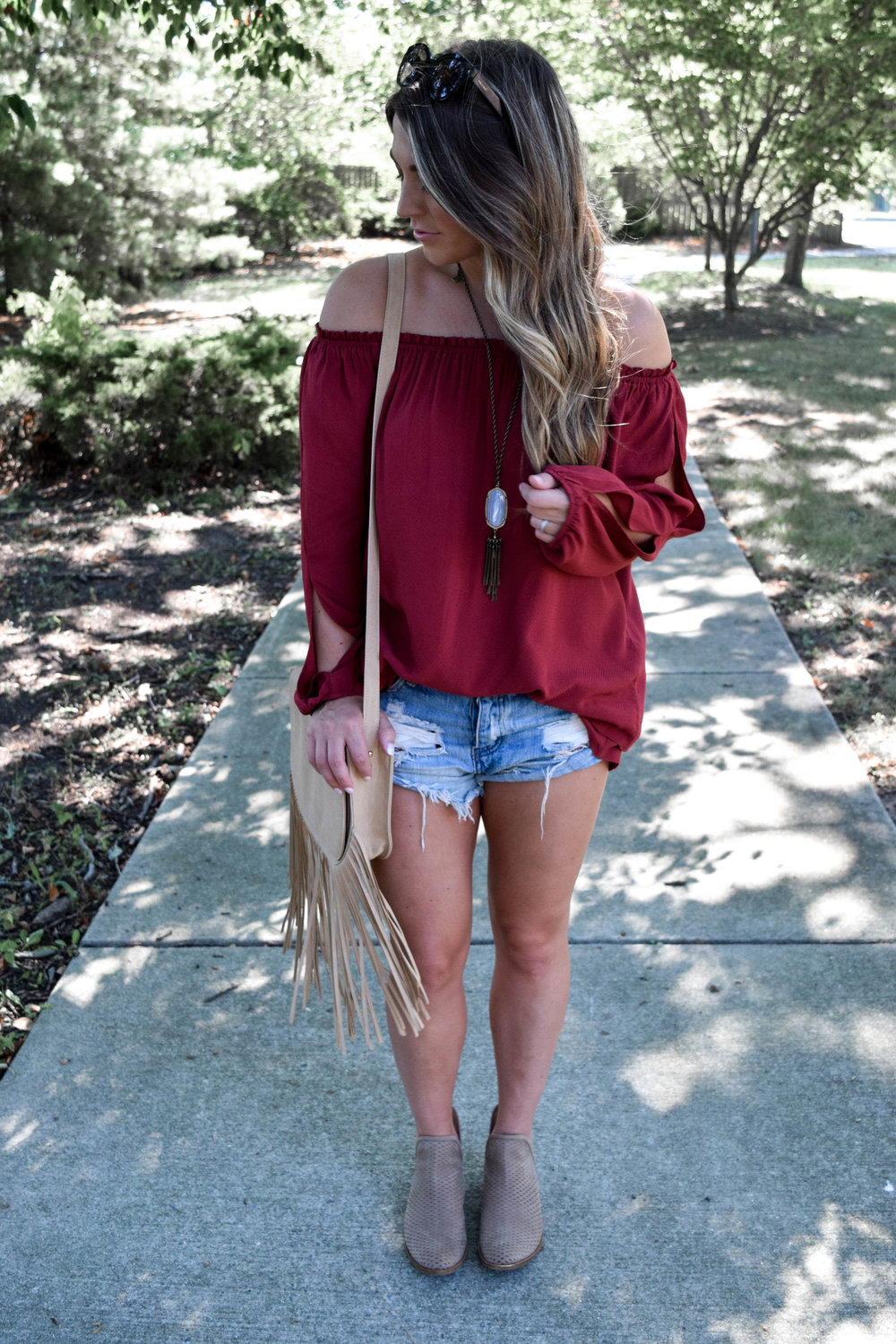 fall outfit idea / how to transition shorts into fall / denim cutoffs + off the shoulder top