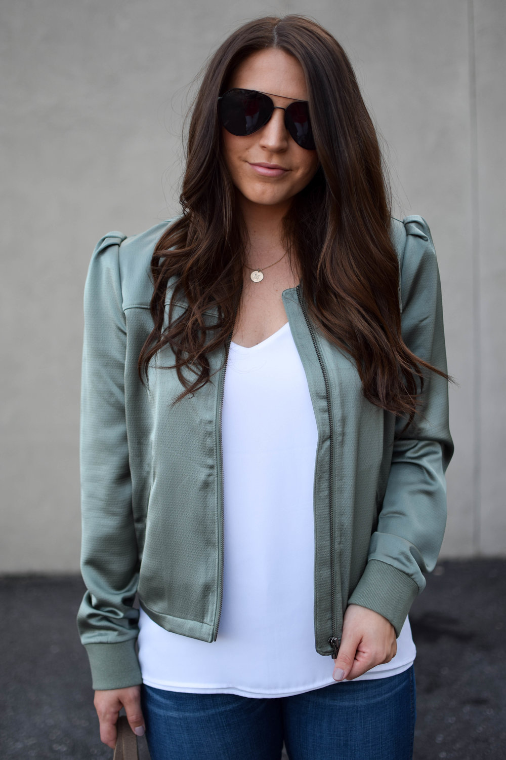 fall transition outfit idea / fall outfit idea / fall outfit inspiration / bomber jacket / how to style a bomber jacket / madewell denim
