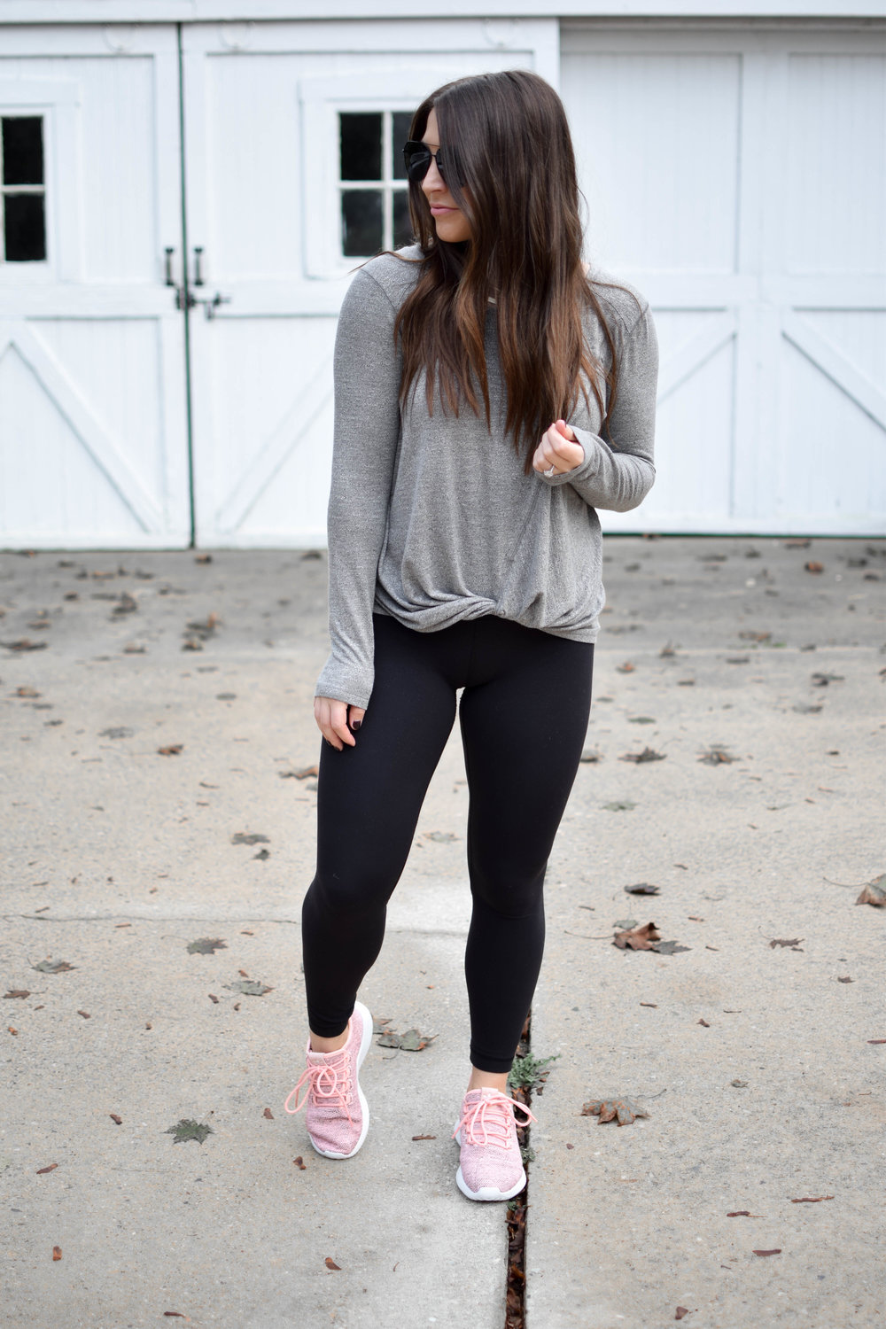 how to wear the athleisure trend / athleisure for fall / fall style / six week workout plan / Zella knotted top / Lululemon Align II Pant / Adidas sneakers