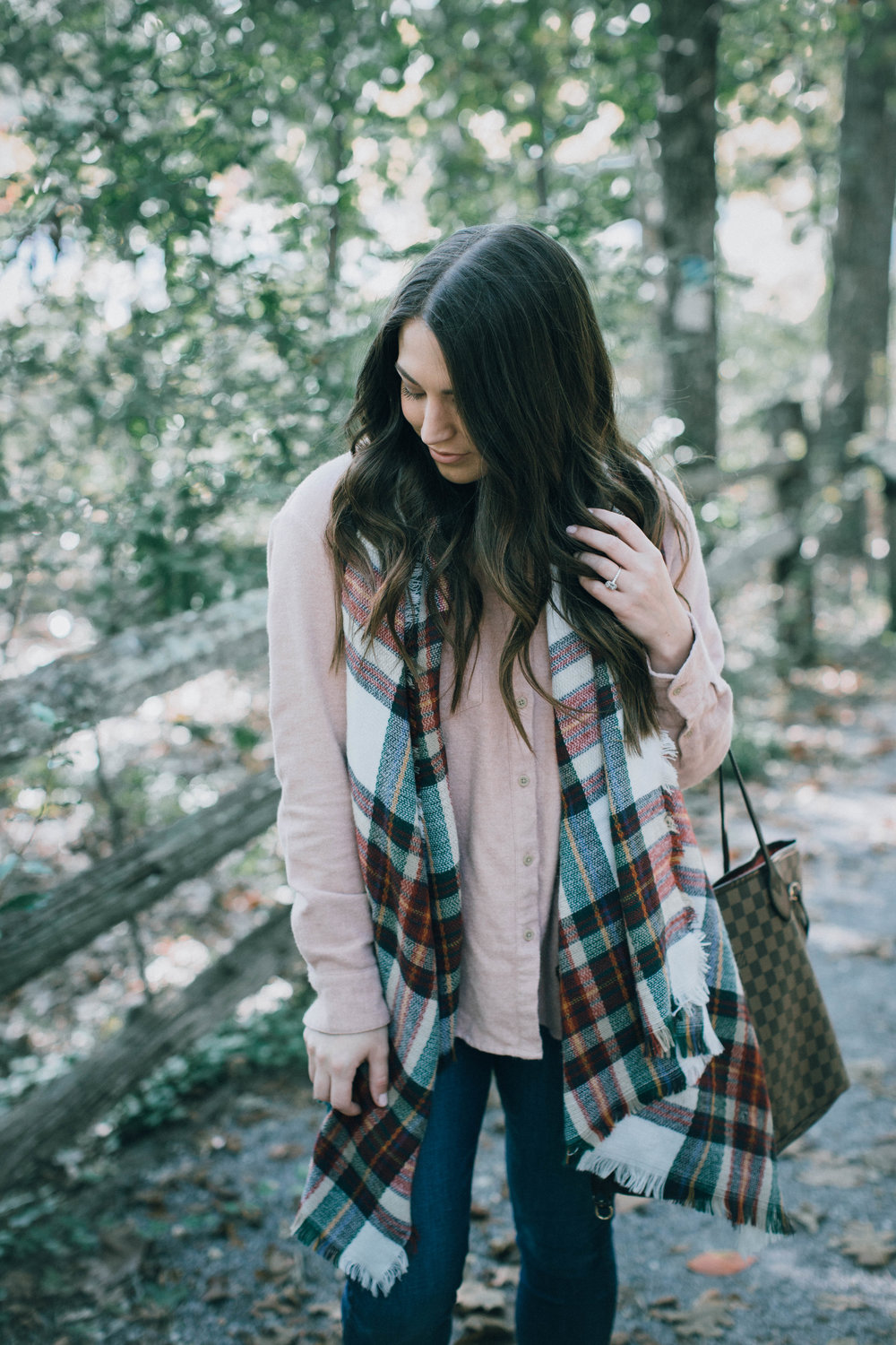 styling blush for fall / fall fashion / fall outfit idea / fall outfit inspiration / fall feels / blush flannel / plaid blanket scarf