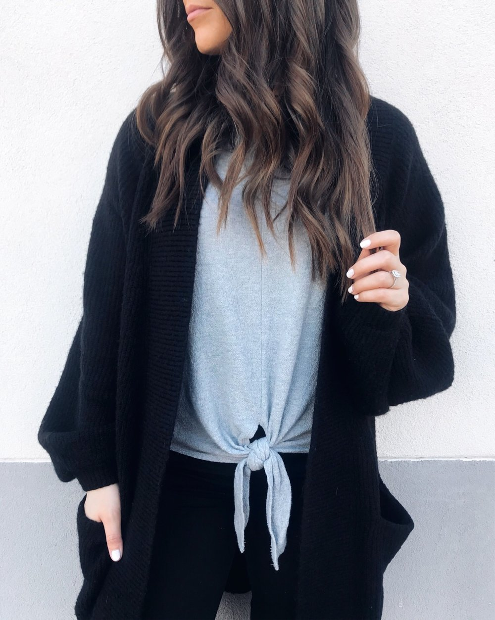fall fashion / fall outfit idea / fall outfit inspiration / balloon sleeve cardigan / tie front tee / outfit of the day