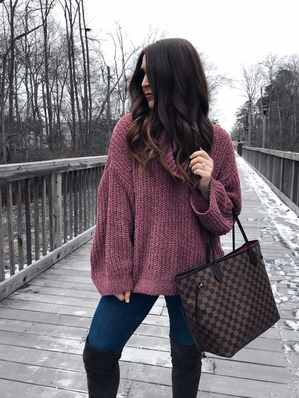 Weekend Sales + Free Shipping Day | Pine Barren Beauty | winter fashion, winter outfit idea, winter outfit inspiration, cozy sweater, sweater weather, express sale