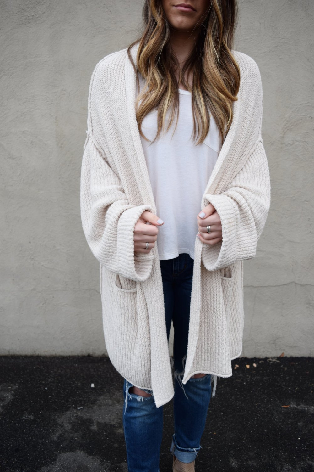 The Best of 2017 | Pine Barren Beauty | free people oversized cardigan, cozy cardigan, cozy outfit idea, fall layers, winter layers
