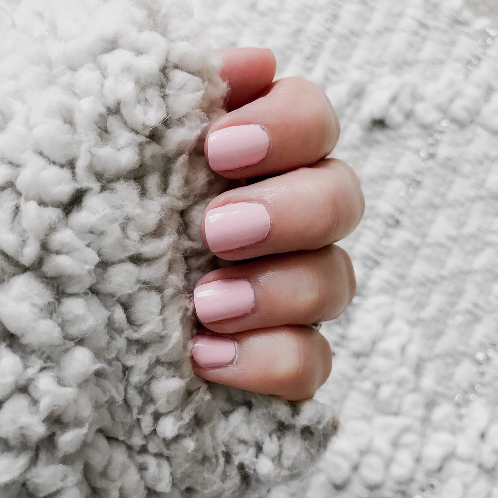 Instagram Round Up | Pine Barren Beauty | pink mani, natural nails, Essie Fiji, at home manicure