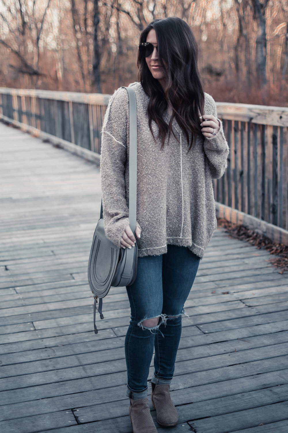 How to Dress for the Spring Transition | Pine Barren Beauty | light weight sweater, spring transition outfit idea, distressed denim, cozy vibes