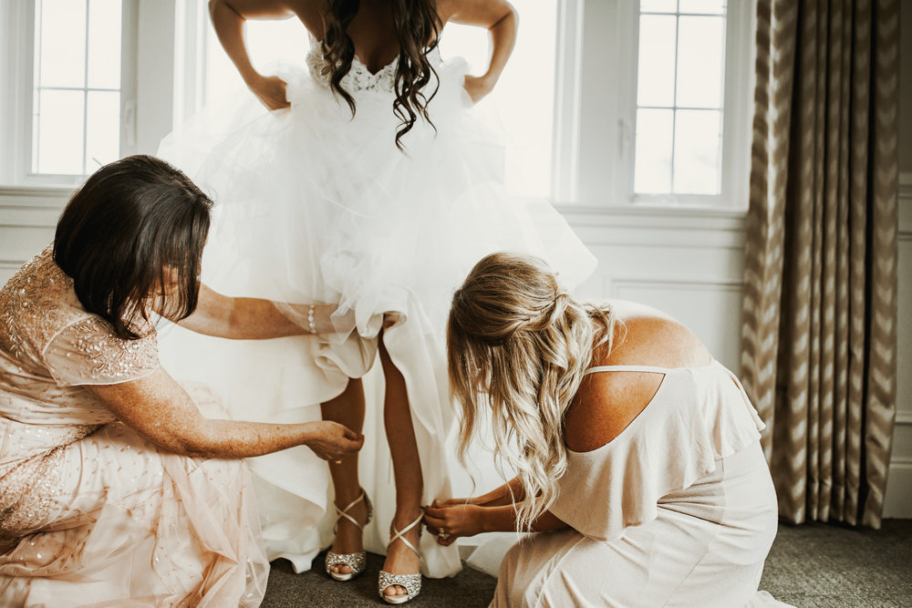 One of my fave photos from bridal prep!