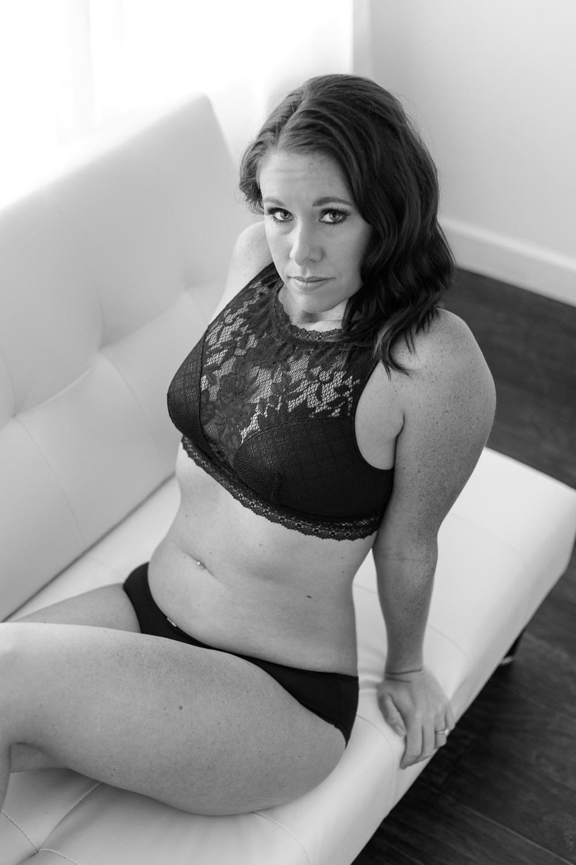 boudoir_pose_bride_bachelorette_black_lingerie.jpg