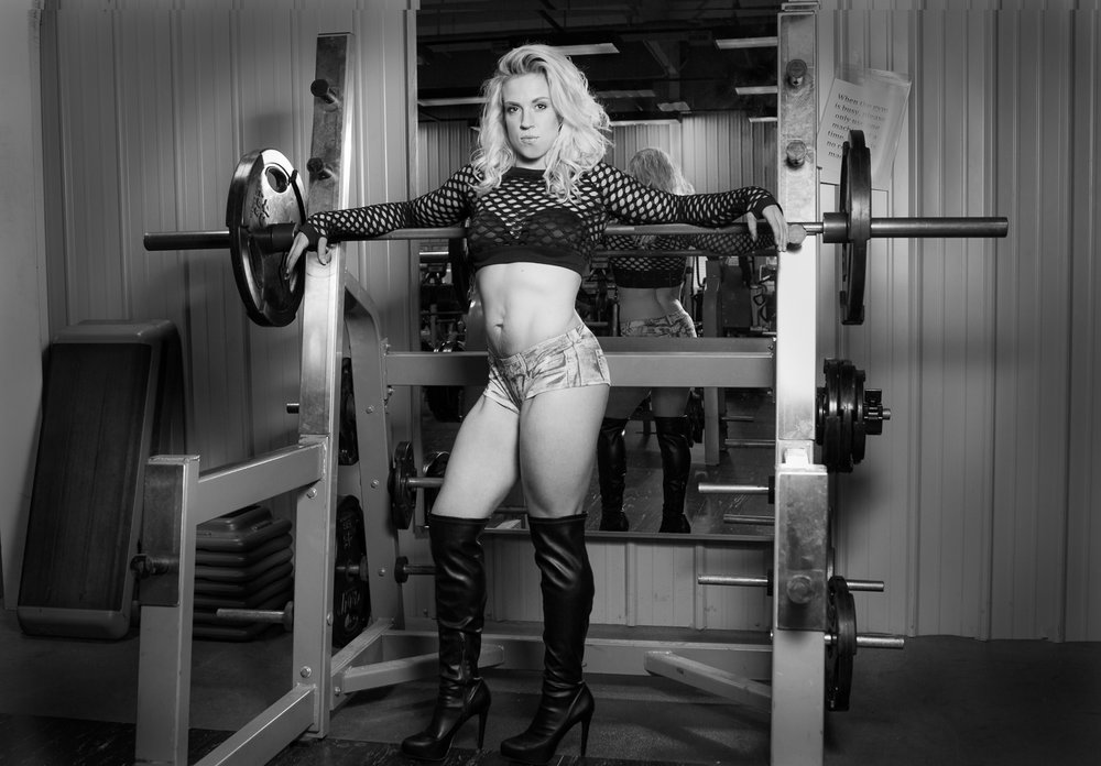 fitness_photography_boots_weights.jpg