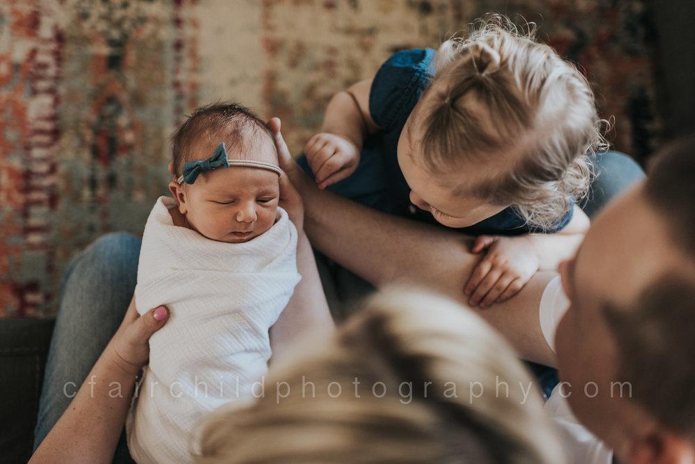 newborn-bigsister-cfairchild.jpg