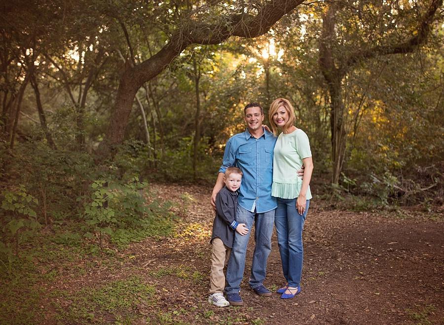 tree-family-portrait-woods-kleb-nature-preserve-portraits