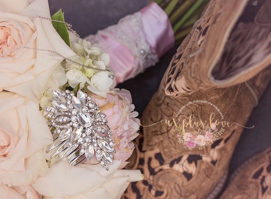 broach-hair-clip-pin-boots-rustic-western-cowgirl-country-wedding-woodlands-texas-77381-bridal-bling.jpg