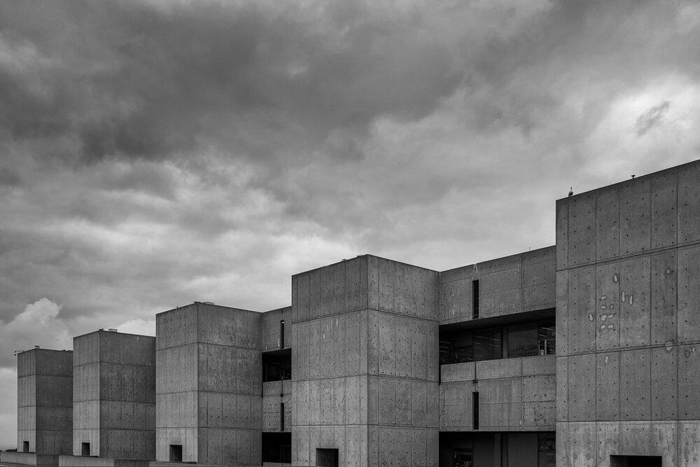 Salk Institute VII b-w.jpg