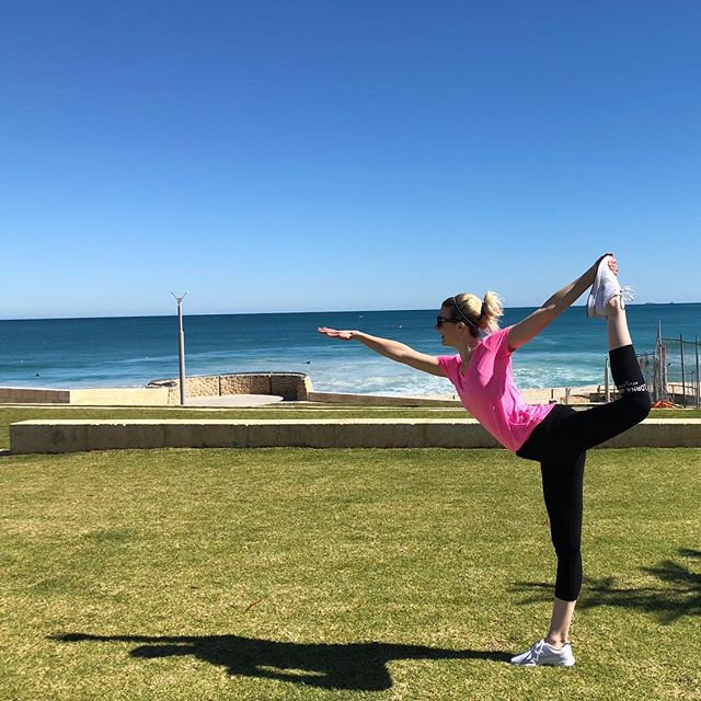 Couldn't resist doing yoga pose Natarajasana or Lord of the Dance Pose on this beautiful day in Perth! So good to get some vitamin D and be by the ocean!!! #perth #beach #sun #yogapose #yoga #pilates #pilatesinstructor #natarajasana #lordofthedancepose #goodvibes
