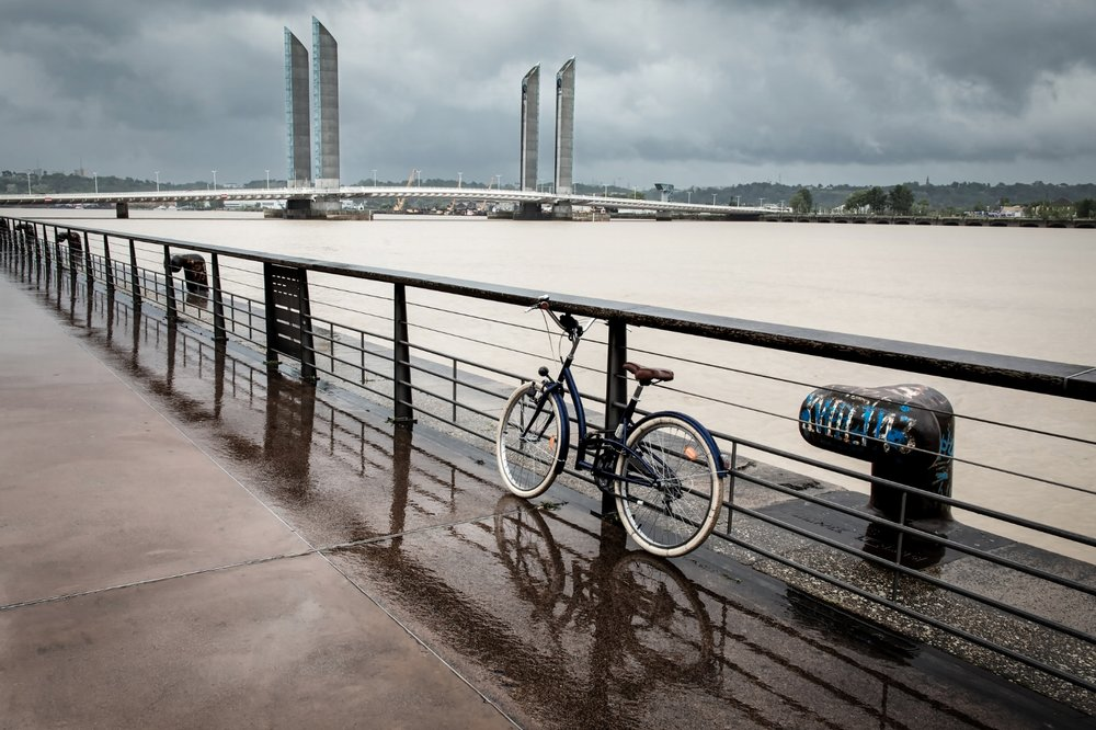 BX3 Les quais, jour de pluie