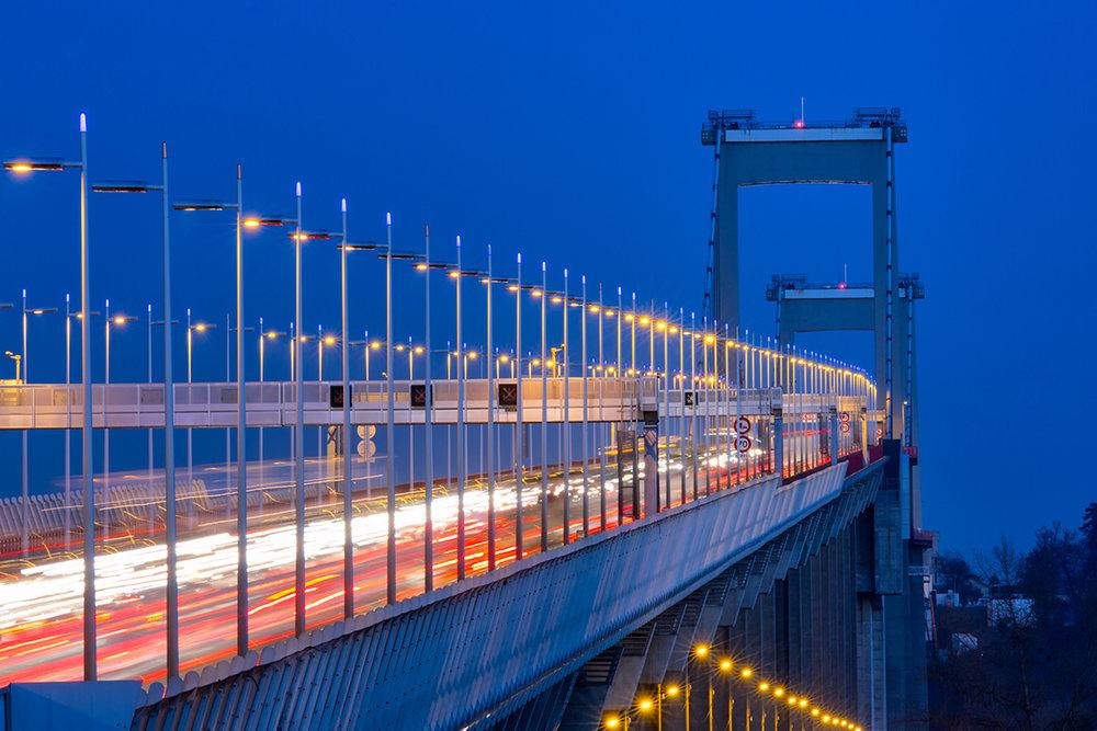 Le pont d'Aquitaine de nuit BX9